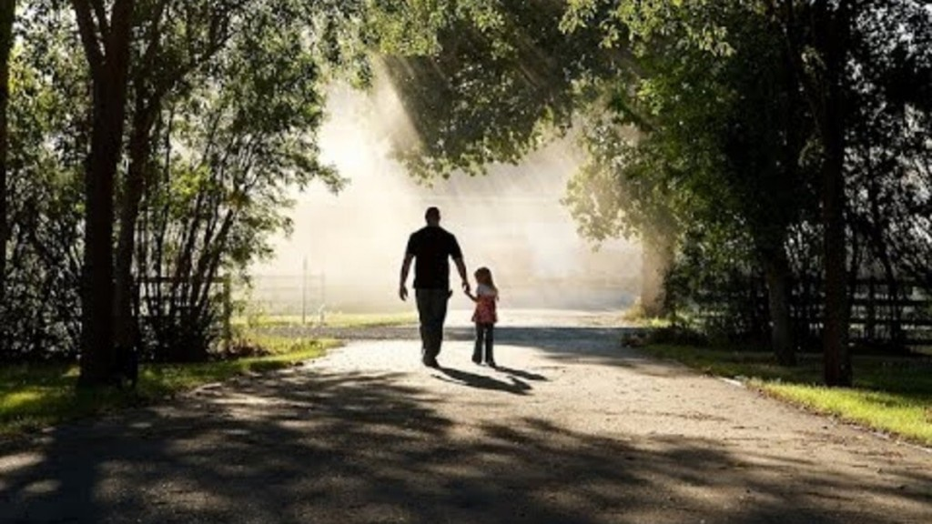 national-father-daughter-take-a-walk-day-5f046ac1cc243-1594124993